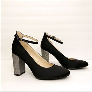 NWOT Marc Fisher Giltter Chunky Mary Jane Heels